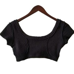 Tops - Women's(M)Black Ribbed,Stretch, Athletic,Crop Top